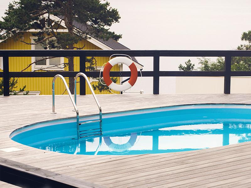 Miami Pool - miami-pool-oval-ovanmark