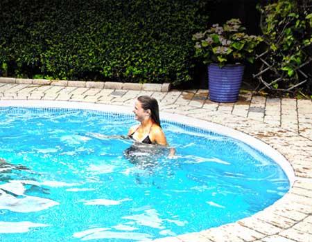Miami Pool - Round