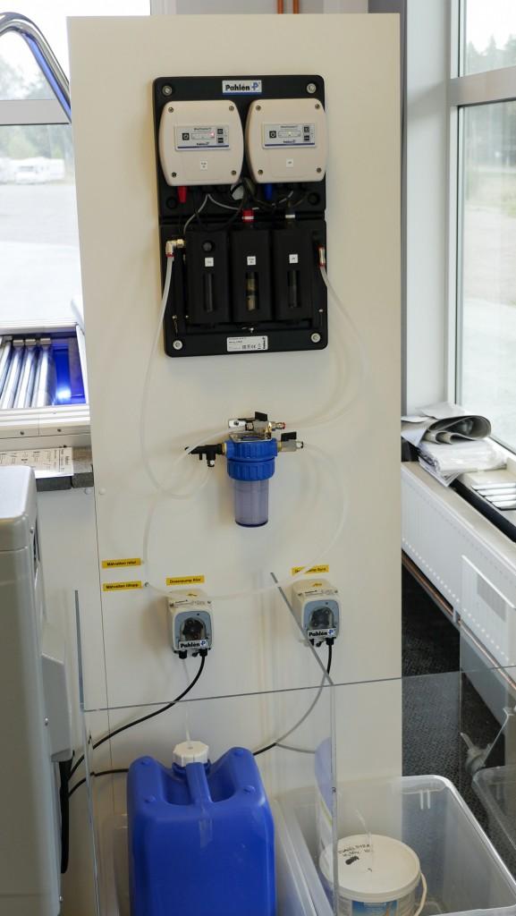 MiniMaster hjälper dig att automatiskt ha full kontroll på poolens vattenkvalitet